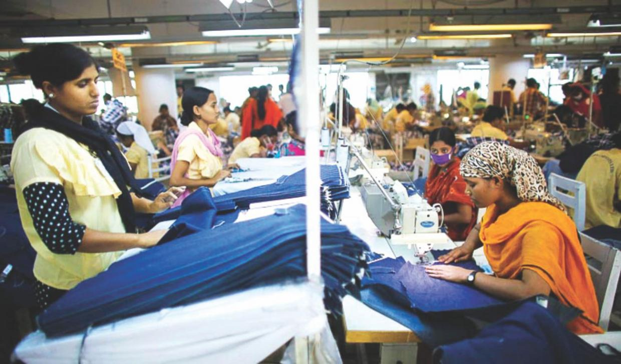 health safety issues in garments industry That is why occupational health and safety (ohs) are a top priority in the struggle for better working conditions in the garment industry this ranges from minimum standards in housing and food provision to the risk of death, serious injury and occupational diseases.